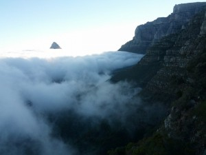 IMG_20150411_081159_TableMountain